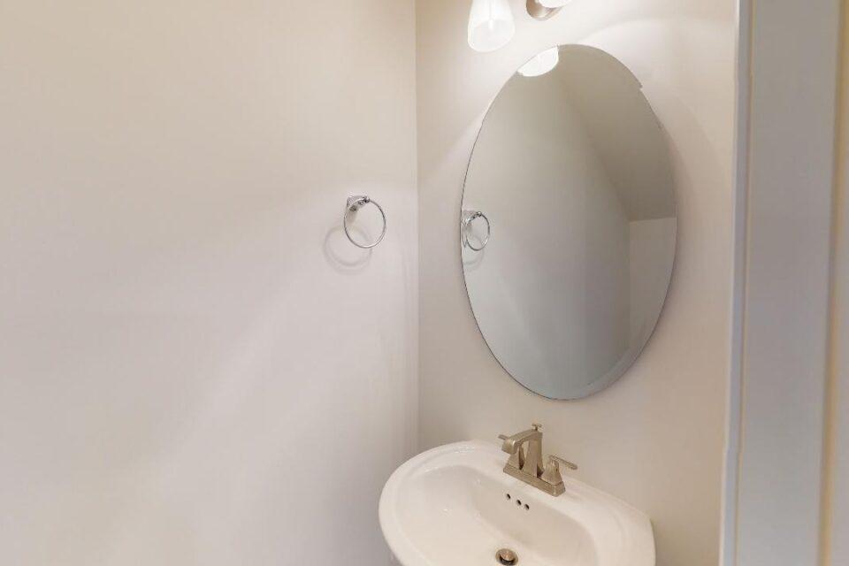 half bath, mirror